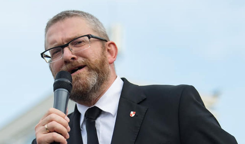 Poseł Grzegorz Braun do ministra zdrowia: - Będziesz Pan wisiał! - Zdjęcie główne
