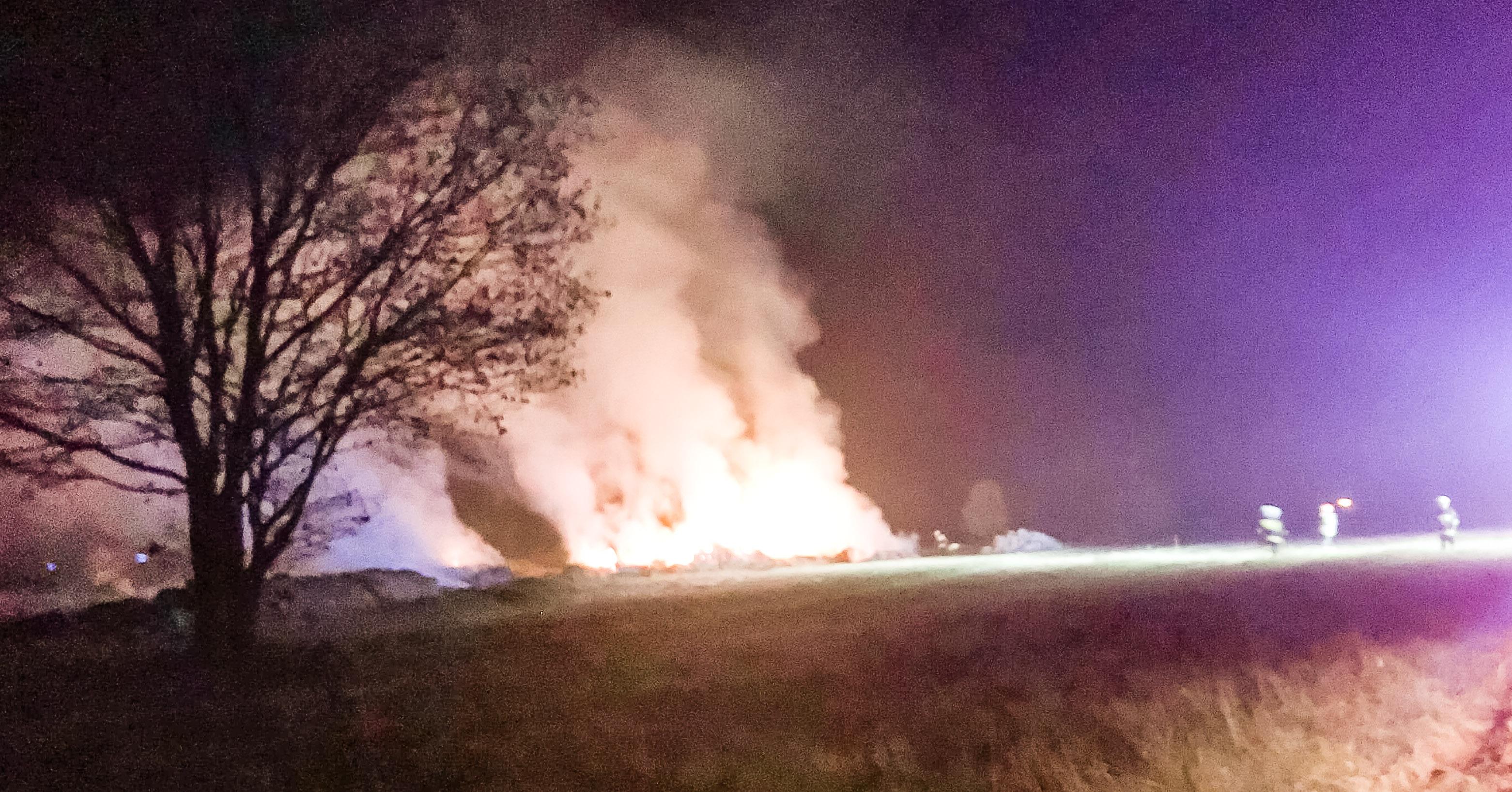 Z ostatniej chwili: Kolejny pożar bali słomy! - Zdjęcie główne