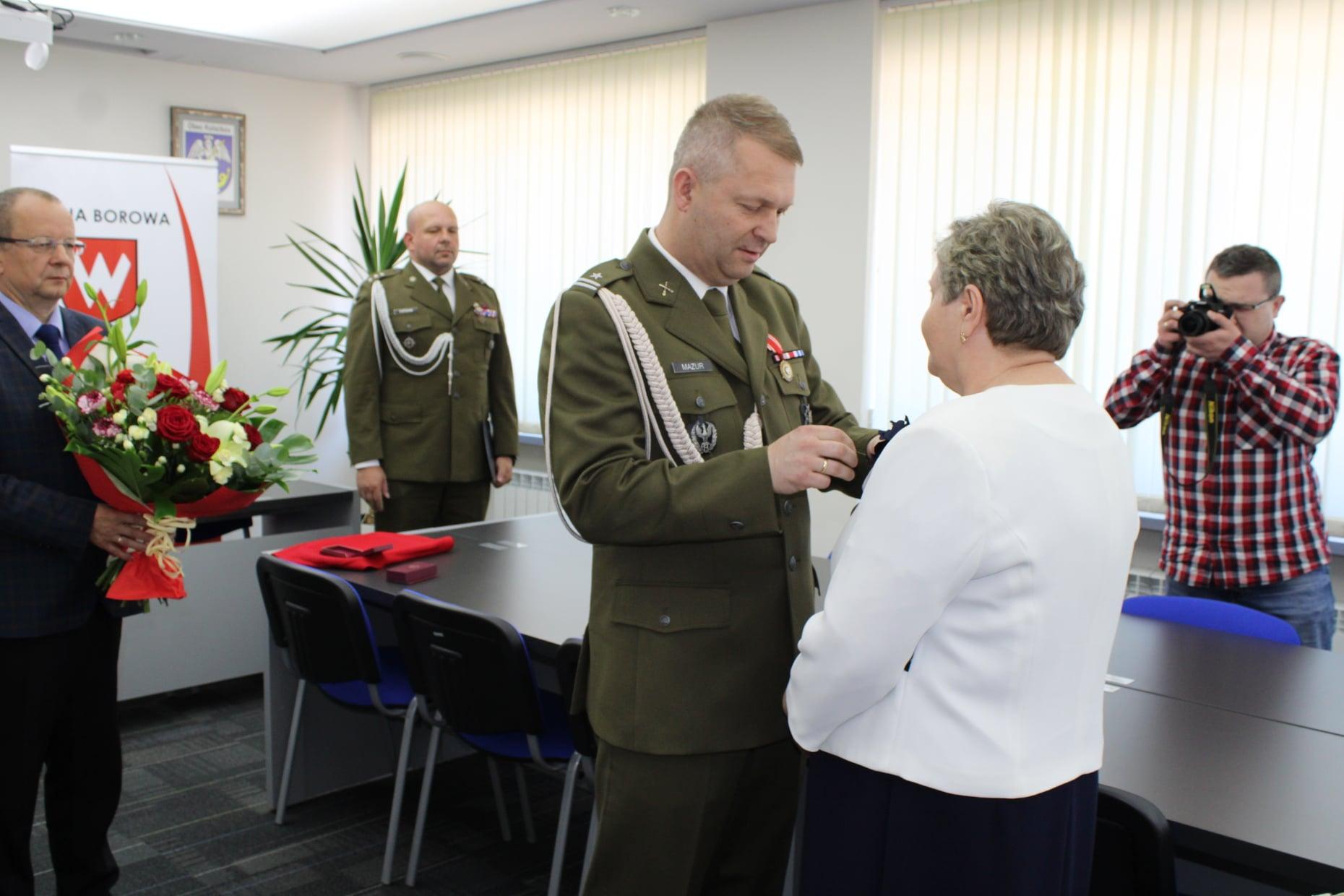 Medale Ministra Obrony Narodowej w Borowej. Odznaczenia dla mieszkańców - Zdjęcie główne