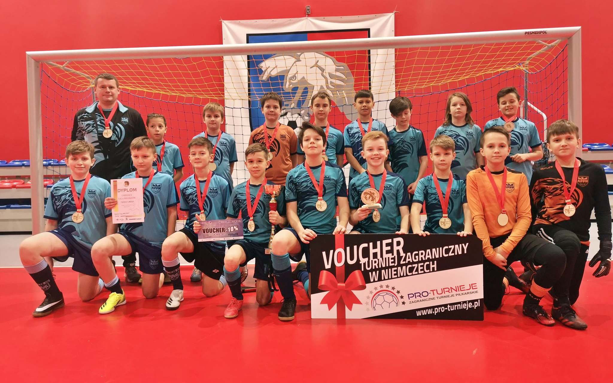 Piłkarskie Nadzieje wygrywają turniej i wyjazd do Niemiec - Zdjęcie główne