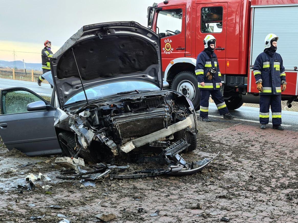 Ślisko na drogach: dwa groźne wypadki! - Zdjęcie główne