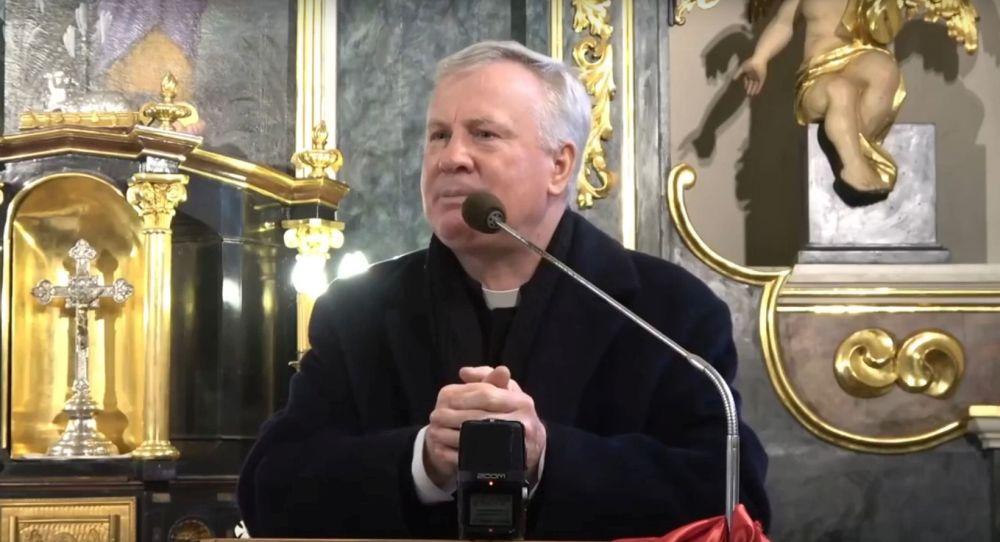 Wykładowca stalowowolskiej filii KUL szczepienia porównał do zbrodni nazistów. Co na to kościelne władze? - Zdjęcie główne