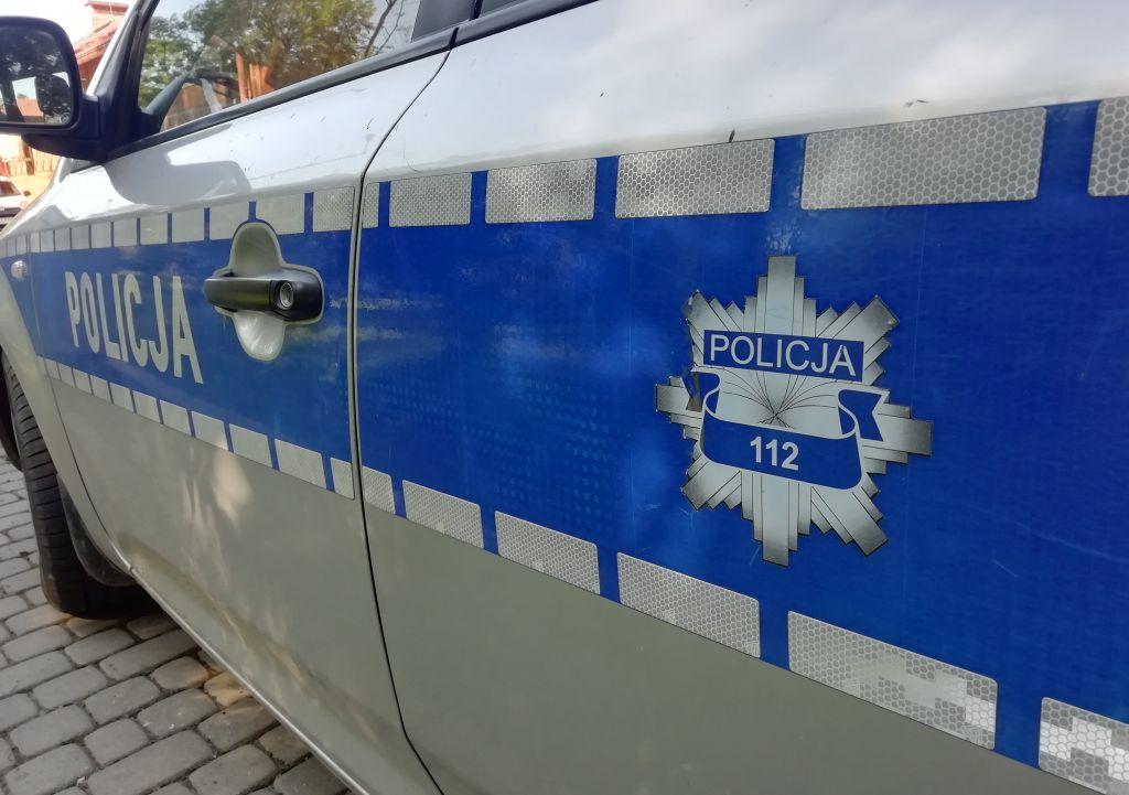 Policyjny pościg za pijanym kierowcą ciągnika rolniczego - Zdjęcie główne