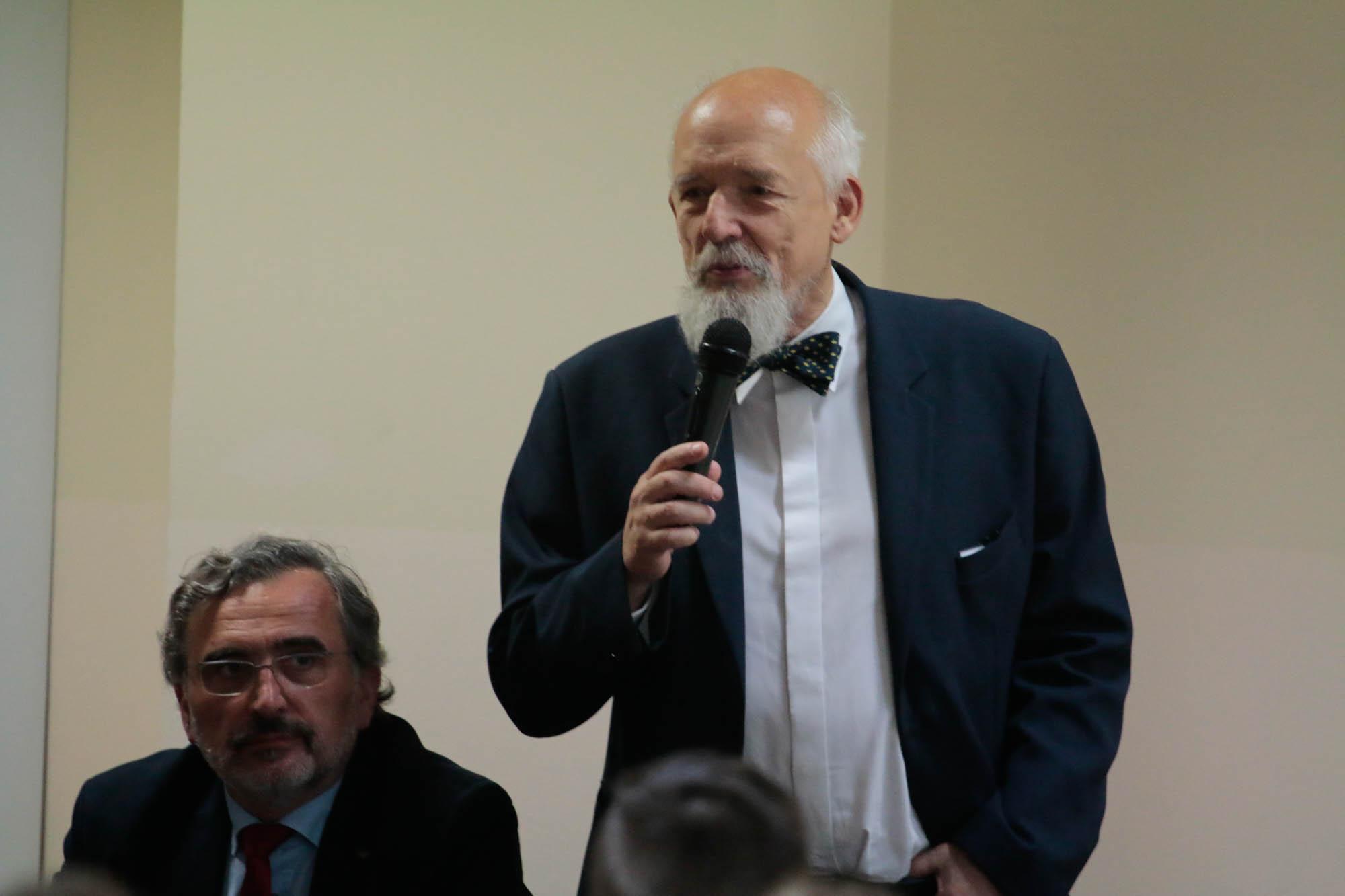 Janusz Korwin-Mikke na Podkarpaciu: - Nie ma żadnej pandemii! [FOTO, VIDEO] - Zdjęcie główne