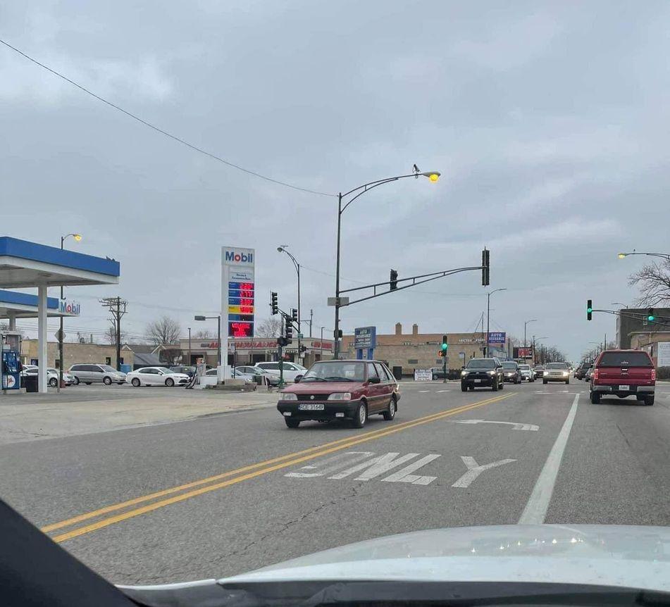 Polonez Caro z Dębicy jeździ po Chicago - Zdjęcie główne
