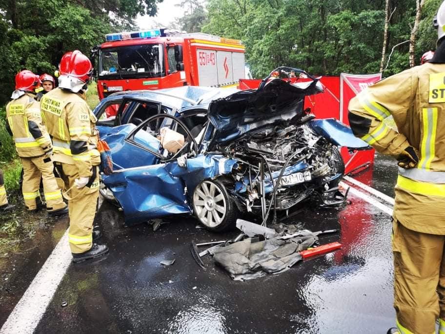 Sprawca ŚMIERTELNEGO wypadku koło Stalowej Woli mógł być pijany! [ZDJĘCIA, AKTUALIZACJA] - Zdjęcie główne