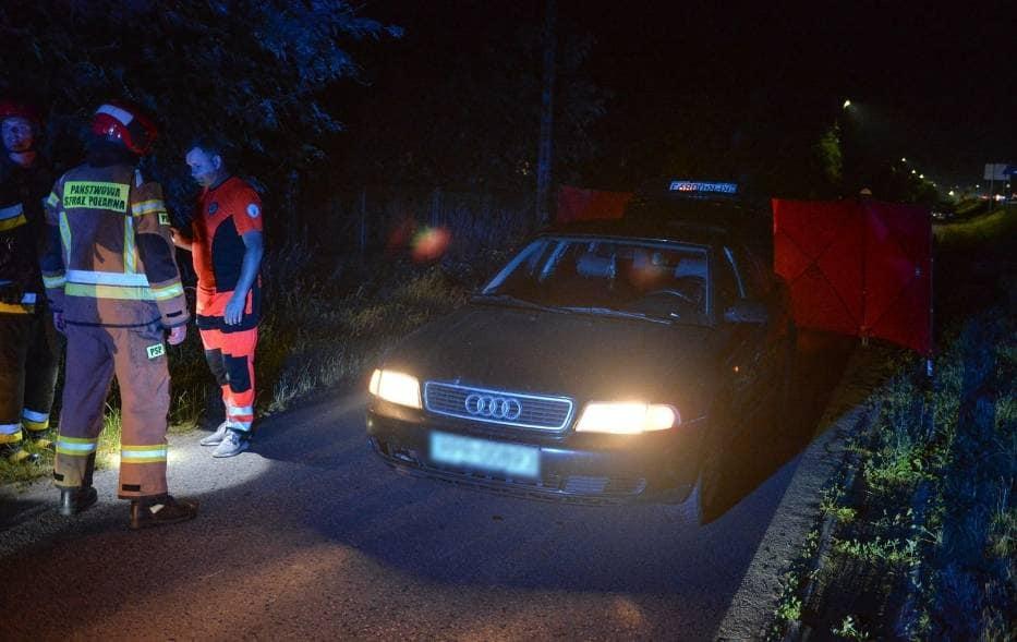 TRAGEDIA NA DRODZE! Audi najechało na leżącego mężczyznę! - Zdjęcie główne