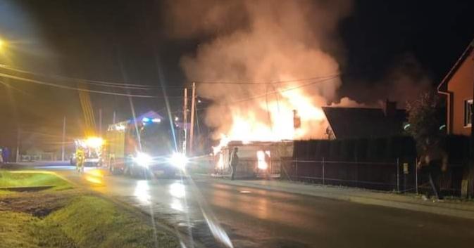 PODKARPACIE: Dramat w Podleszanach. Zapalił się dom - Zdjęcie główne