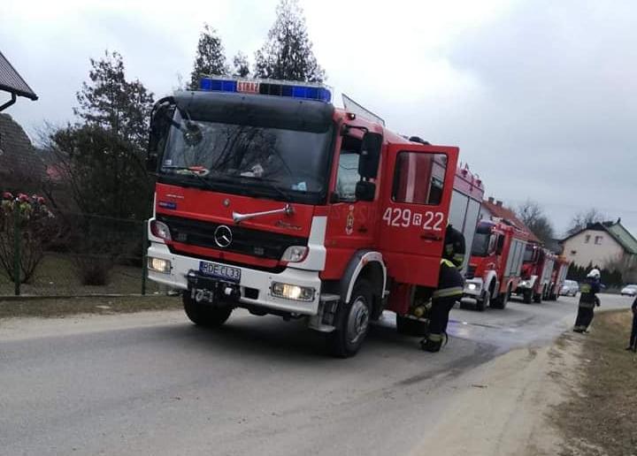 Mężczyzna zginął w pożarze. Strażakom nie udało się go uratować [ZDJĘCIA] - Zdjęcie główne