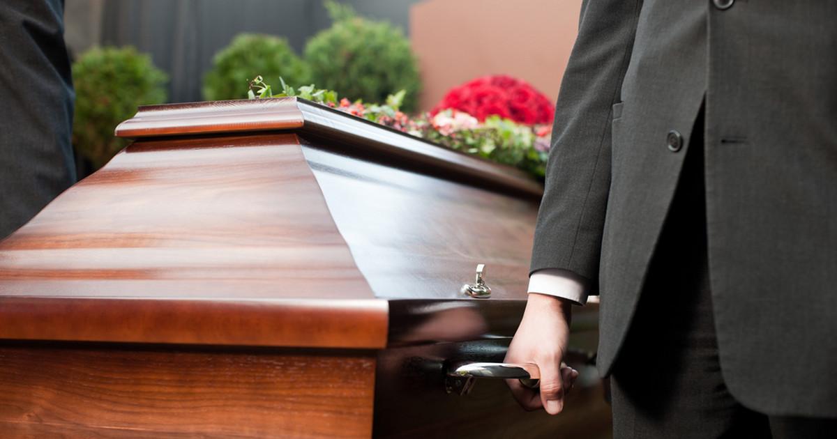 Pochówek coraz droższy! Sprawdzamy ile kosztuje pogrzeb - Zdjęcie główne