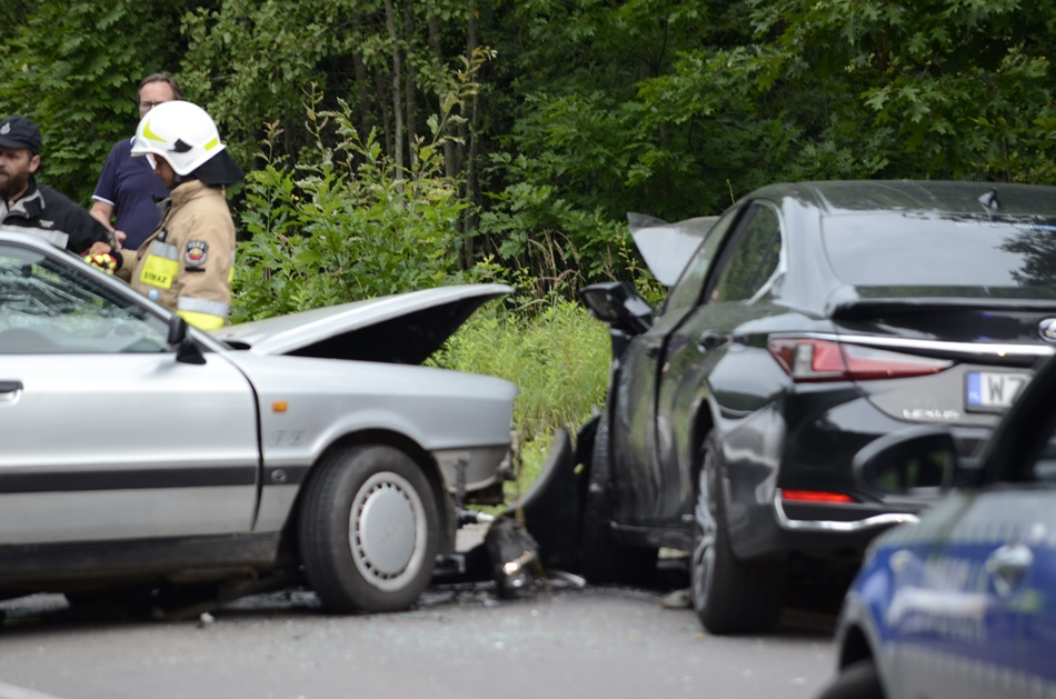 Śmiertelny wypadek na trasie Kolbuszowa - Mielec! Zderzenie czterech pojazdów! - Zdjęcie główne