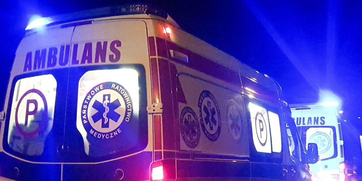 Mężczyzna przygnieciony przez mur! Przy pomocy śmigłowca LPR trafił do szpitala! - Zdjęcie główne