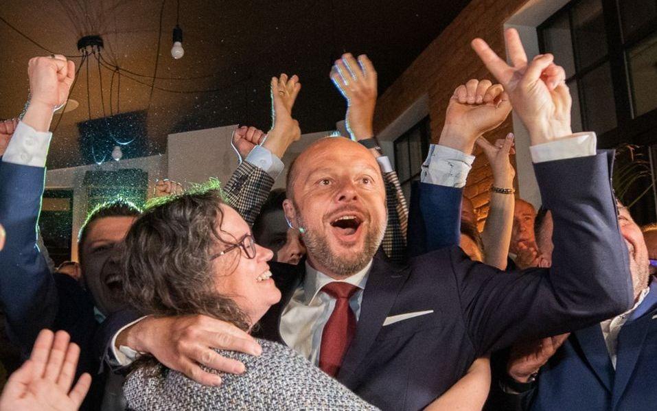 Zwycięstwo KONRADA FIJOŁKA w sondażu exit poll! [WIDEO, ZDJĘCIA KOMENTARZE, AKTUALIZACJA] - Zdjęcie główne