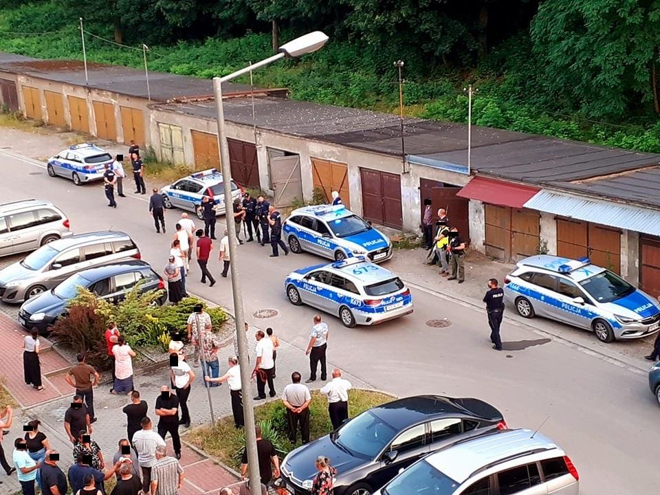 Niedzielne zamieszki w Mielcu. Są pierwsze zatrzymania i zarzuty [WIDEO] - Zdjęcie główne