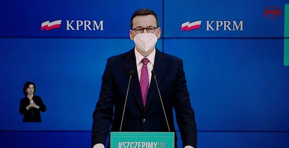 """Premier apeluje do Polaków: """"Na święta zostańcie w domach""""! [WIDEO] - Zdjęcie główne"""