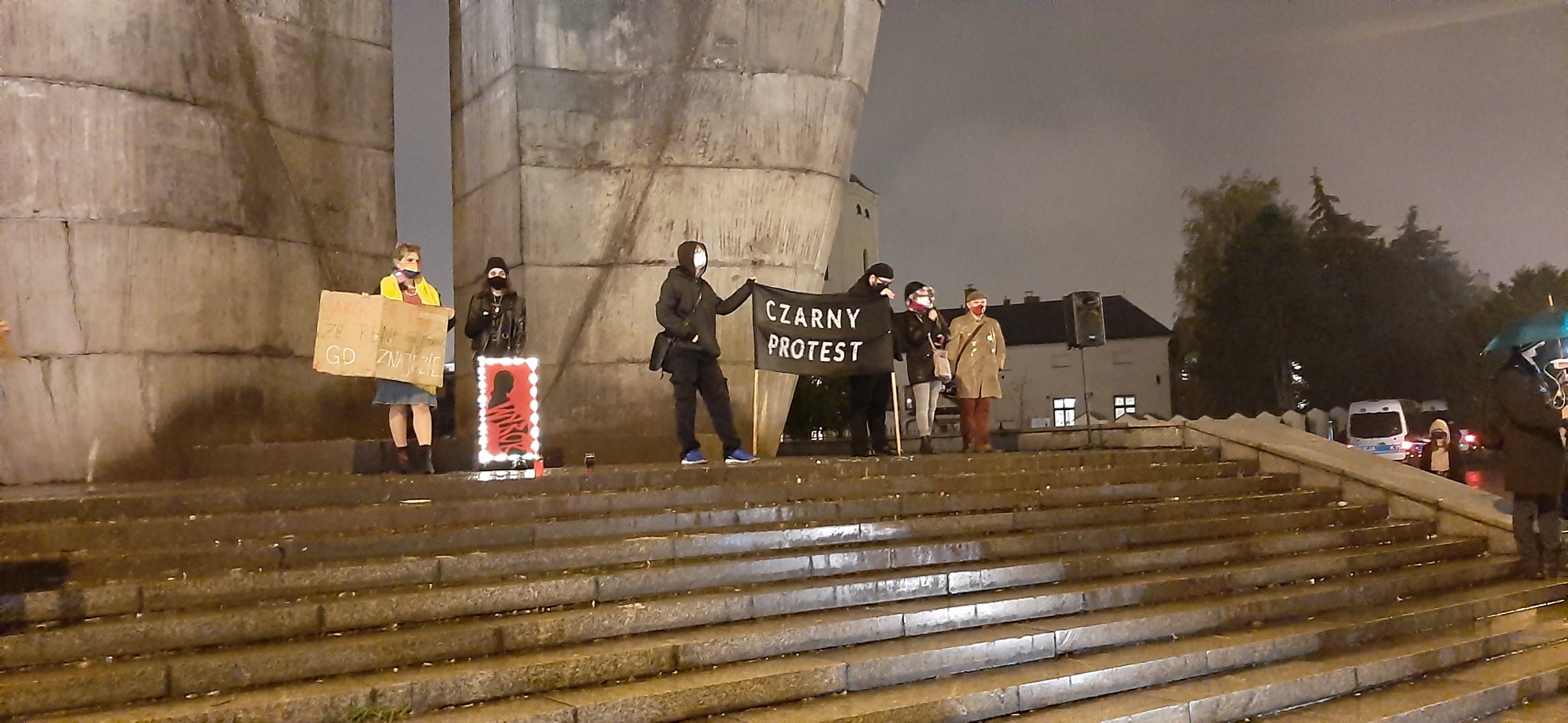 """Kolejny Strajk Kobiet 8 marca: """"Będziemy świętować nasz dzień domagając się równych praw"""" - Zdjęcie główne"""