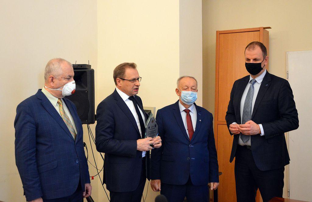 Przemyśl uhonorował Włodzimierza Bodnara za pomoc w walce z pandemią - Zdjęcie główne