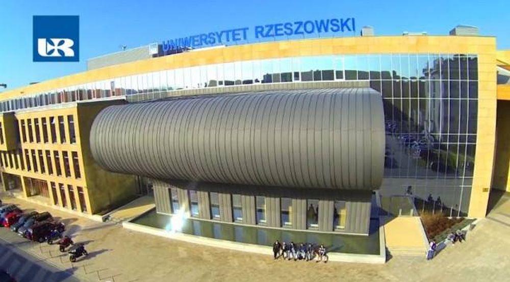 Studenci Uniwersytetu Rzeszowskiego: - Boimy się o swoje zdrowie i życie! - Zdjęcie główne