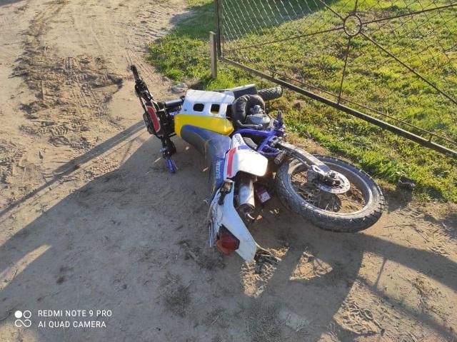 15-latek bez prawa jazdy wsiadł na motocykl. Spowodował wypadek w powiecie przeworskim - Zdjęcie główne