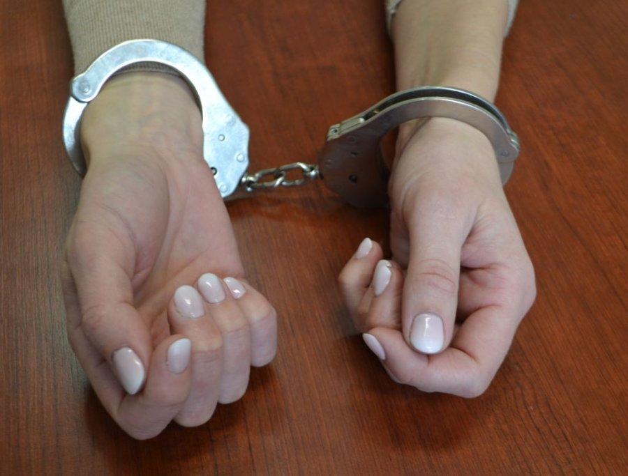 36 zarzutów dla 22-letniej oszustki internetowej! - Zdjęcie główne
