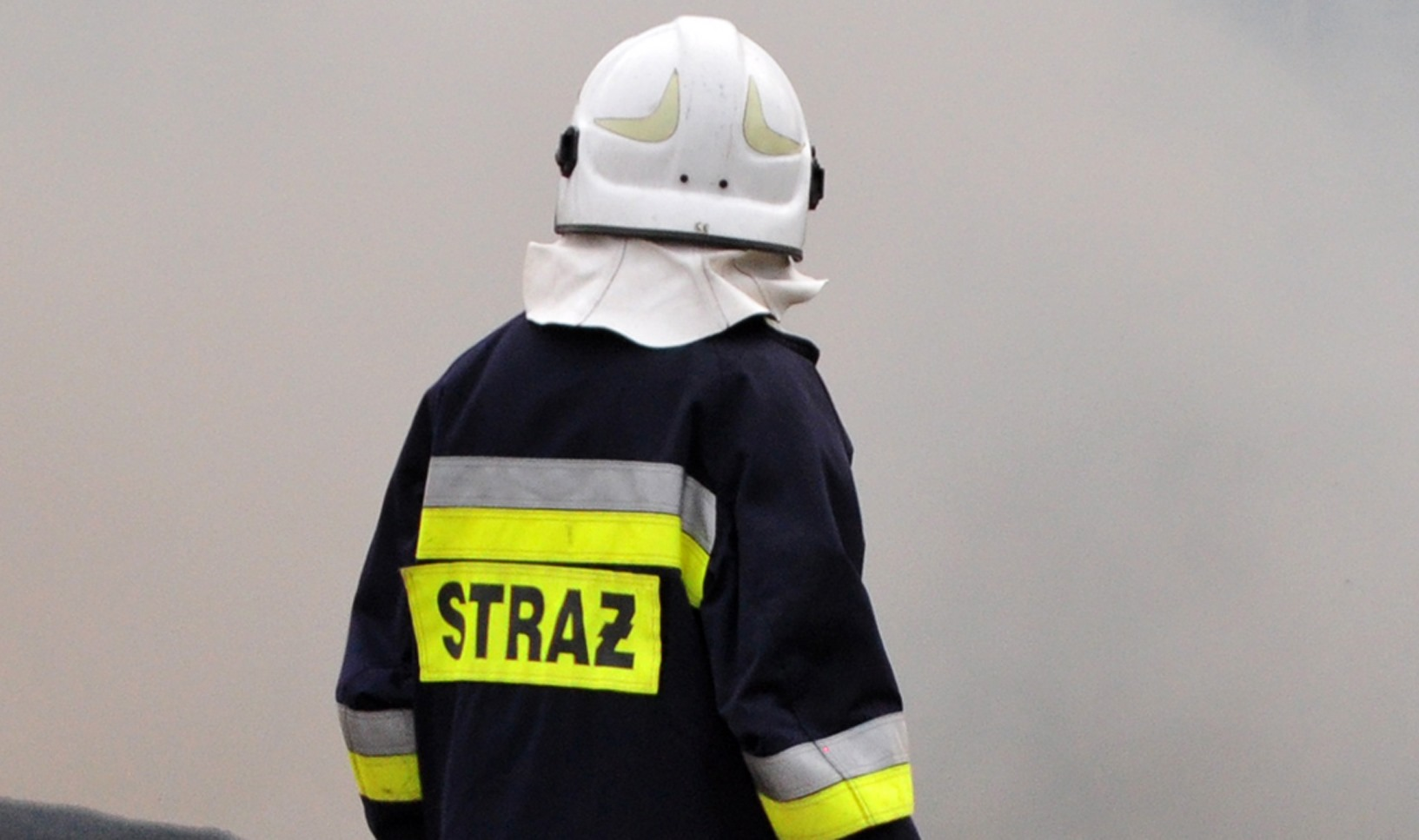 Wybuchł pożar domu. Dwóch mężczyzn potrzebowało pomocy - Zdjęcie główne