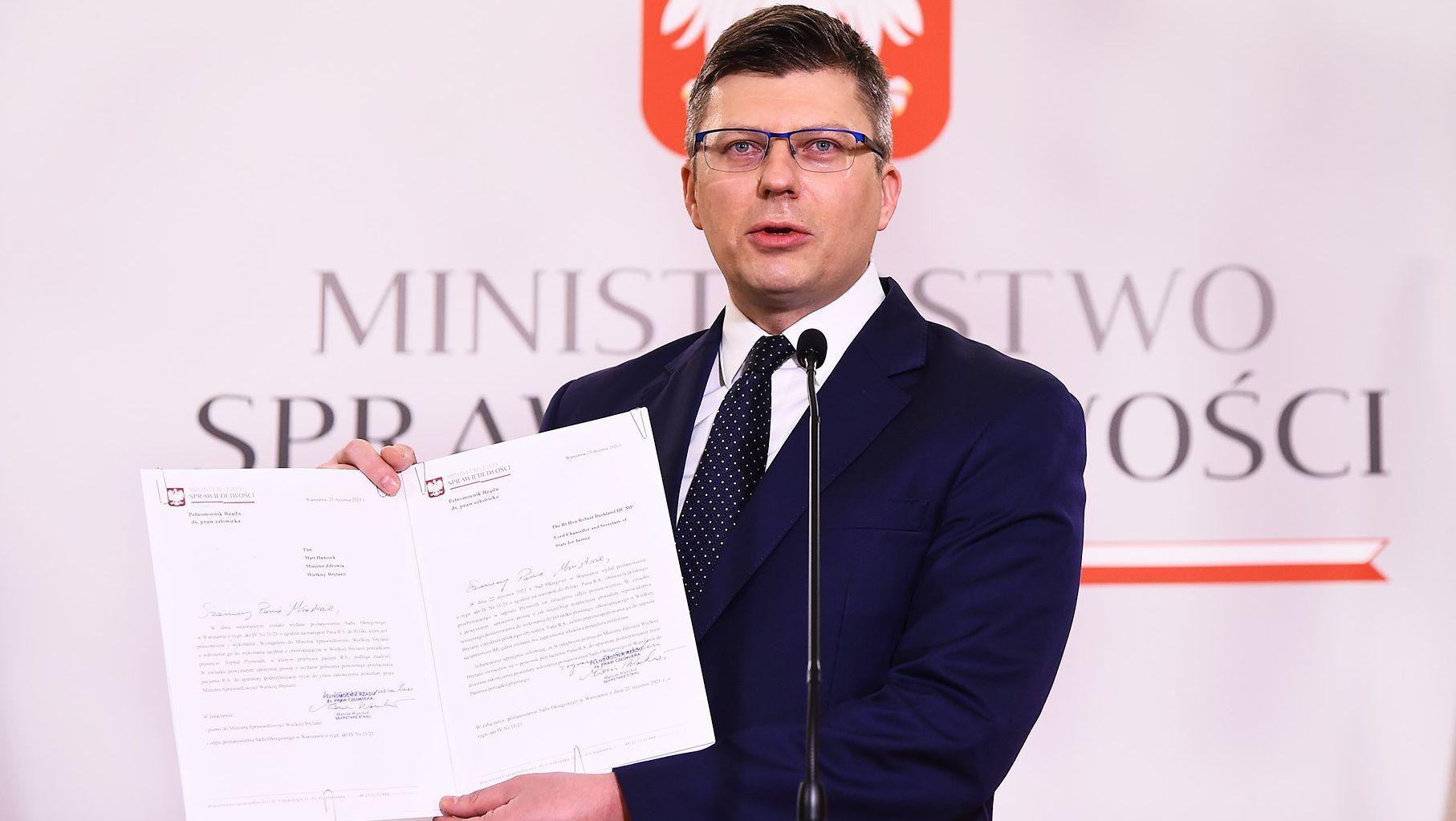 Minister rodem z Podkarpacia interweniuje i walczy o życie Polaka umierającego w Wielkiej Brytanii [VIDEO] - Zdjęcie główne