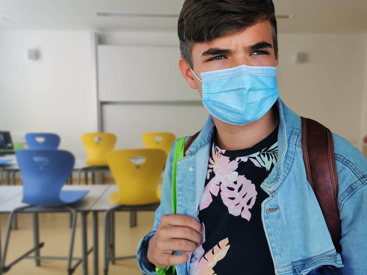 Koronawirus w czterech szkołach. Uczniowie idą na naukę zdalną! - Zdjęcie główne