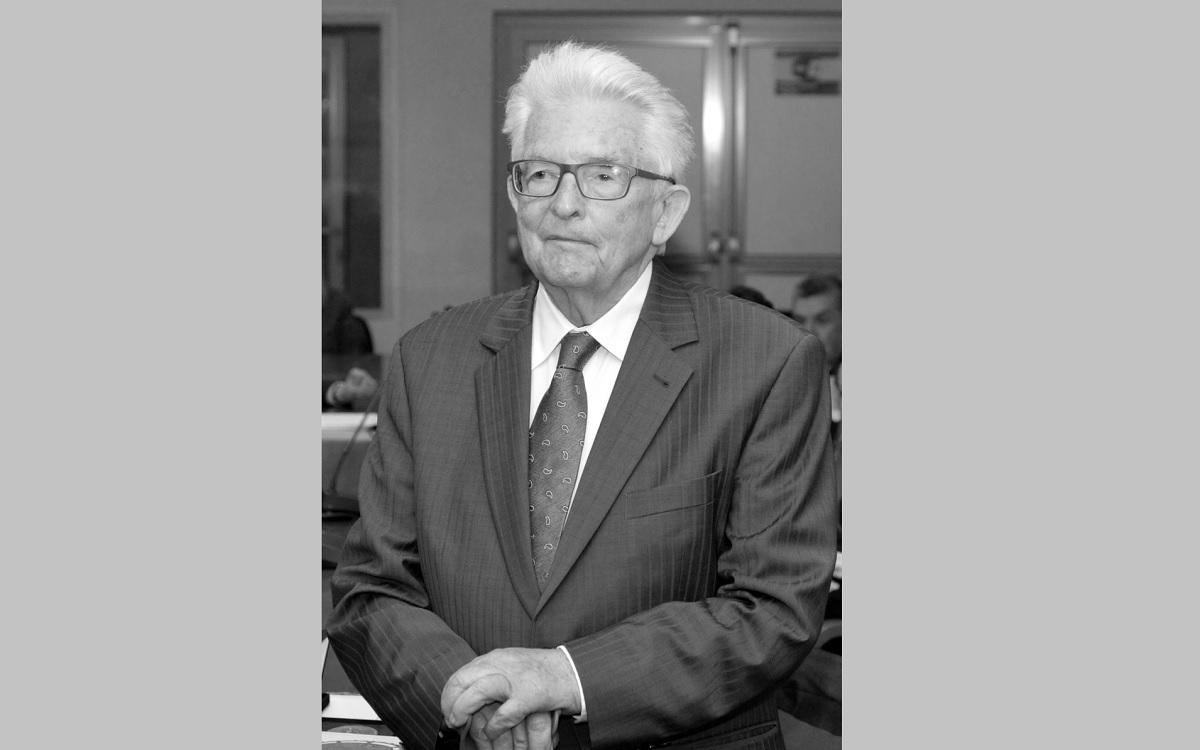 Zmarł jeden z twórców filii UMCS w Rzeszowie - Zdjęcie główne