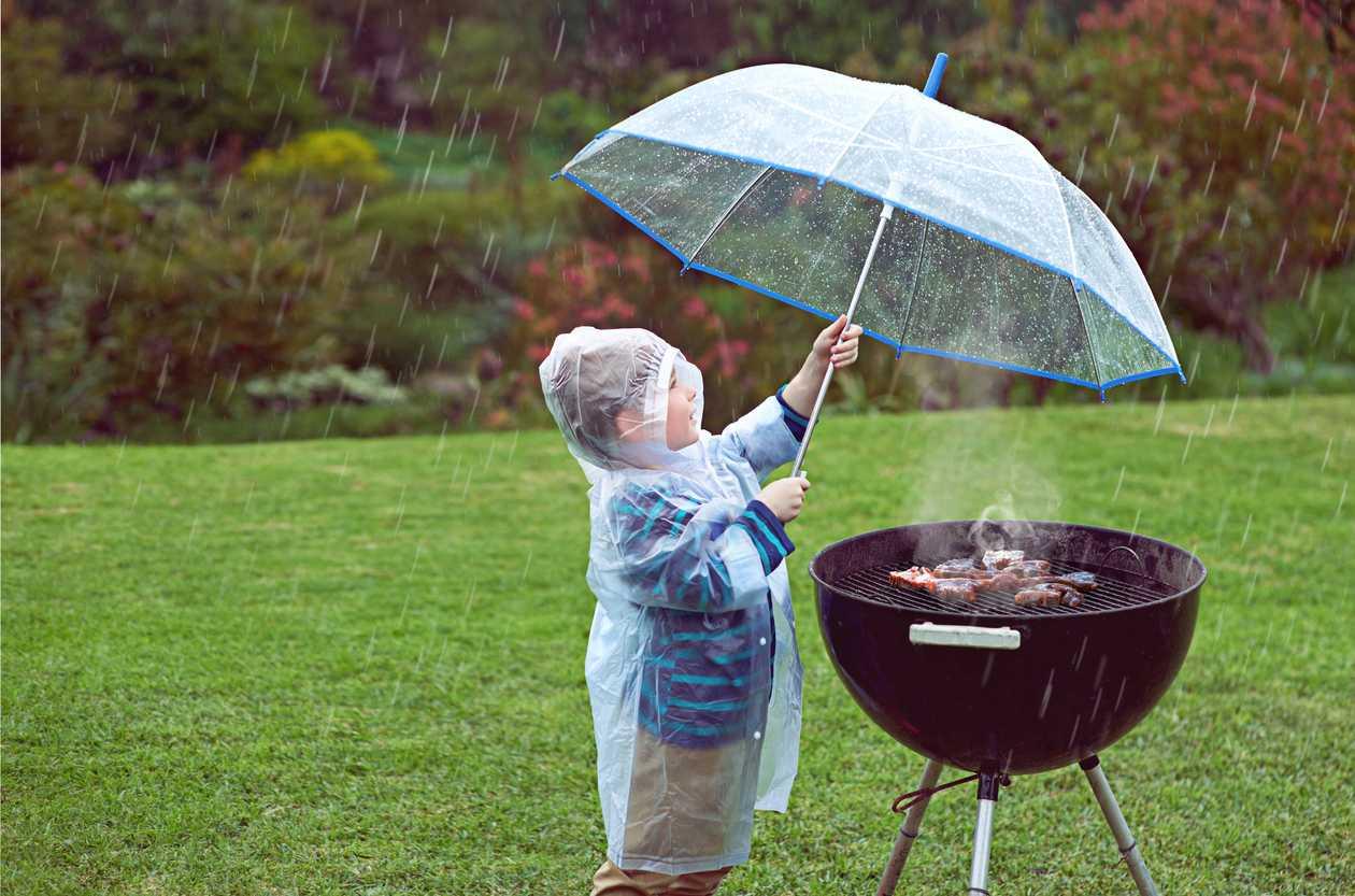Prognoza pogody: grillowanie pod parasolem - Zdjęcie główne