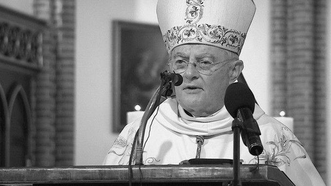 Zmarł arcybiskup Henryk Hoser! Chorował na COVID-19! - Zdjęcie główne