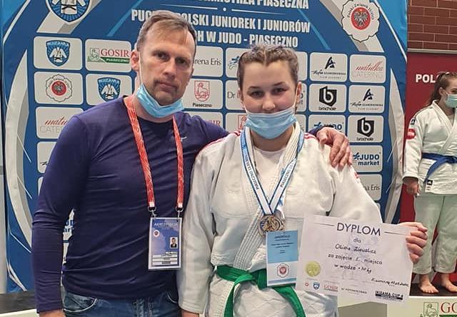 Oliwia Ziewalicz zdobyła złoto na Pucharze Polski w judo. To zawodniczka krośnieńskiego klubu - Zdjęcie główne