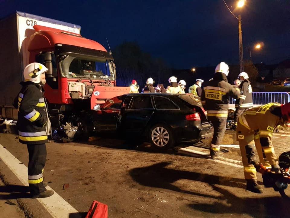 Wypadek w Suchorzowie! Jakie są ustalenia policji? [ZDJĘCIA] - Zdjęcie główne