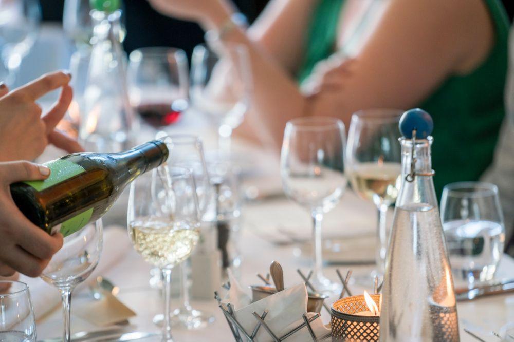 Kary nie tylko dla przedsiębiorców. Co grozi klientom pubów i restauracji? - Zdjęcie główne