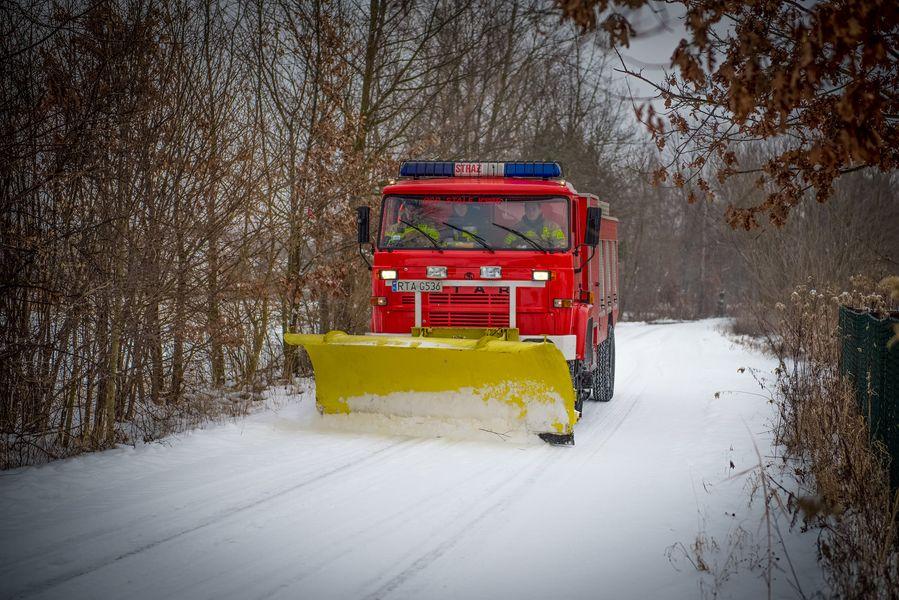 Strażacy dostali od gminy zimowe zadania [FOTO] - Zdjęcie główne