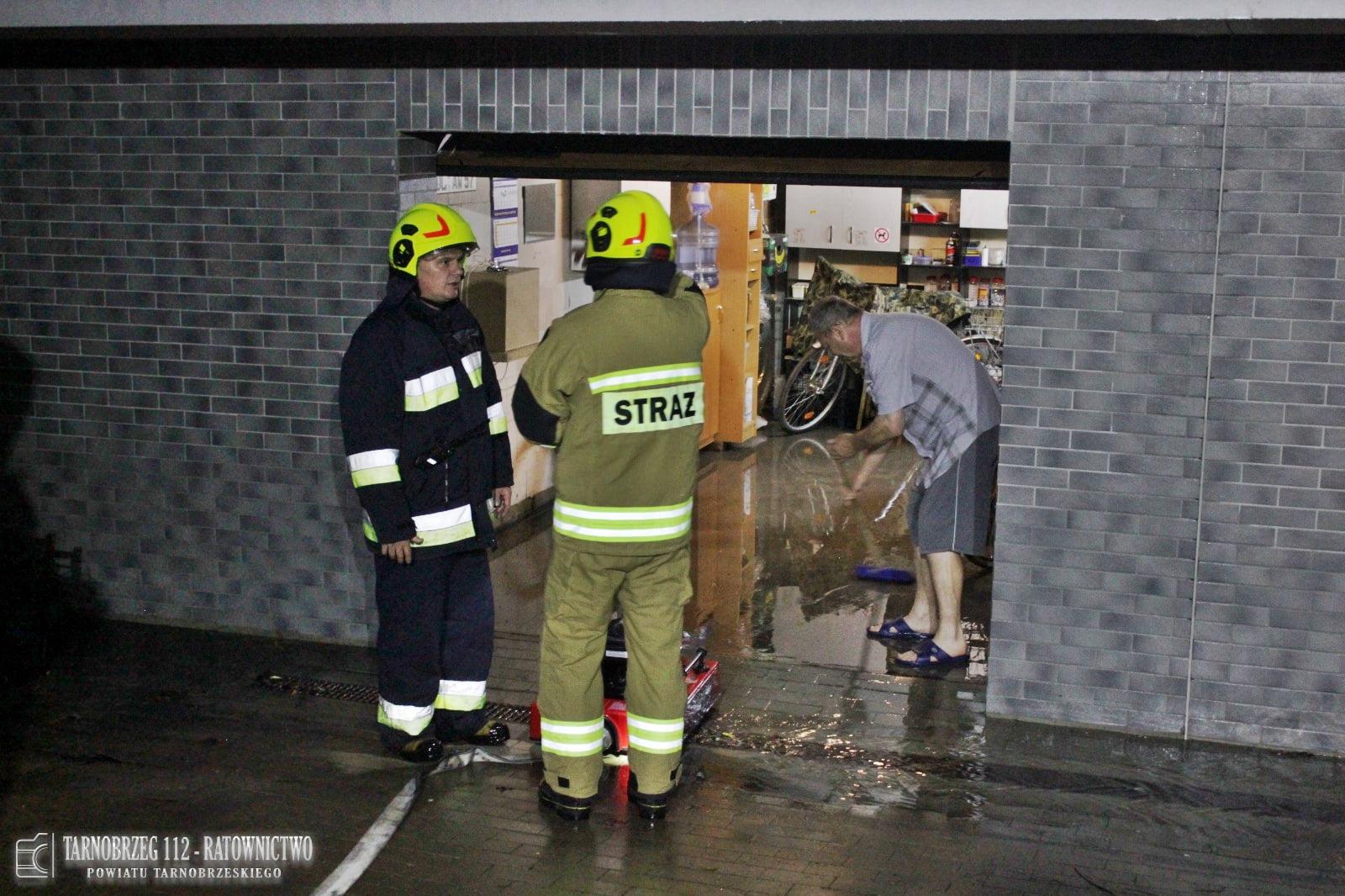 Dziesiątki interwencji strażaków po ulewach na Podkarpaciu [ZDJĘCIA] - Zdjęcie główne