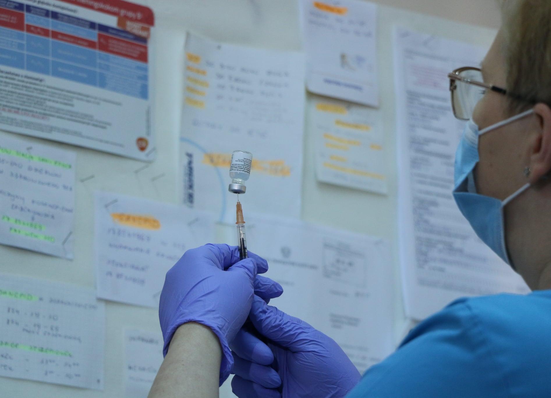 """Afera szczepionkowa - czyli kto jest ważniejszy od lekarzy! """"Wylecisz ze stanowiska na zbity pysk"""" - Joachim Brudziński - Zdjęcie główne"""