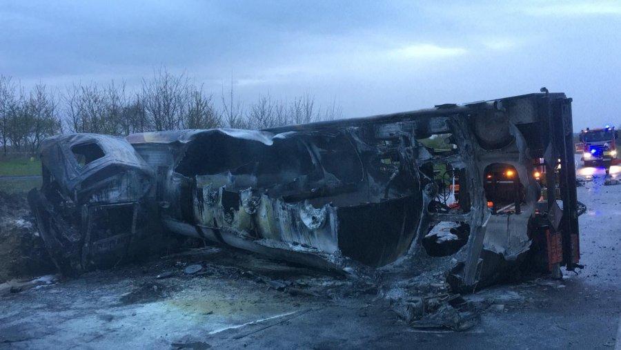 Policja o tragicznym wypadku koło Leżajska. Jakie są pierwsze ustalenia? - Zdjęcie główne