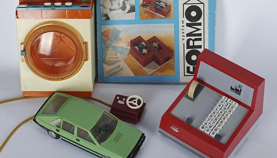 Zabawki i rzeczy z czasów Polski Ludowej na których możesz zarobić spore pieniądze! Masz je w domu? [ZDJĘCIA, WIDEO] - Zdjęcie główne