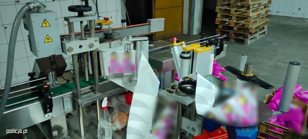 Rozbito gang handlujący podrabianymi środkami do prania - Zdjęcie główne