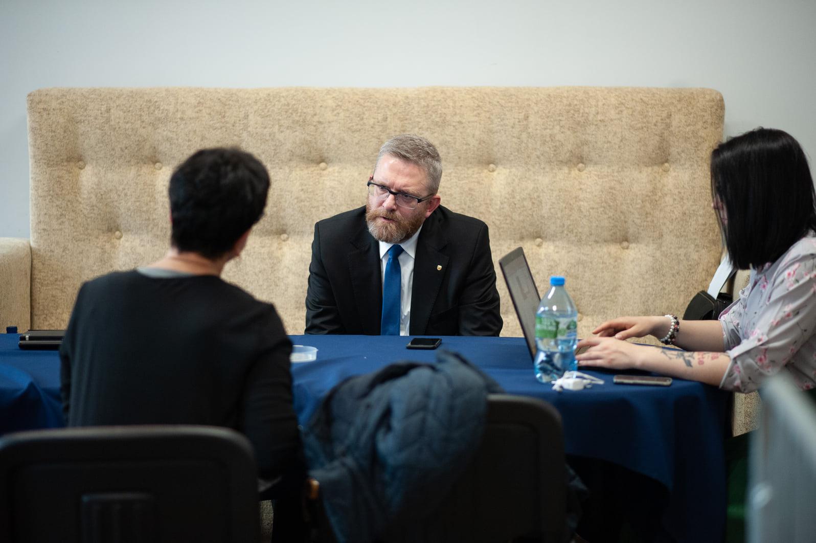 Grzegorz Braun wykluczony z debaty kandydatów na prezydenta Rzeszowa! [WIDEO] - Zdjęcie główne