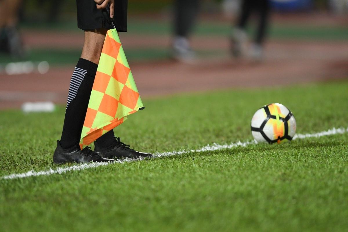 Sędziowie piłkarscy zostaną w domach! Bez meczów także na Podkarpaciu - Zdjęcie główne
