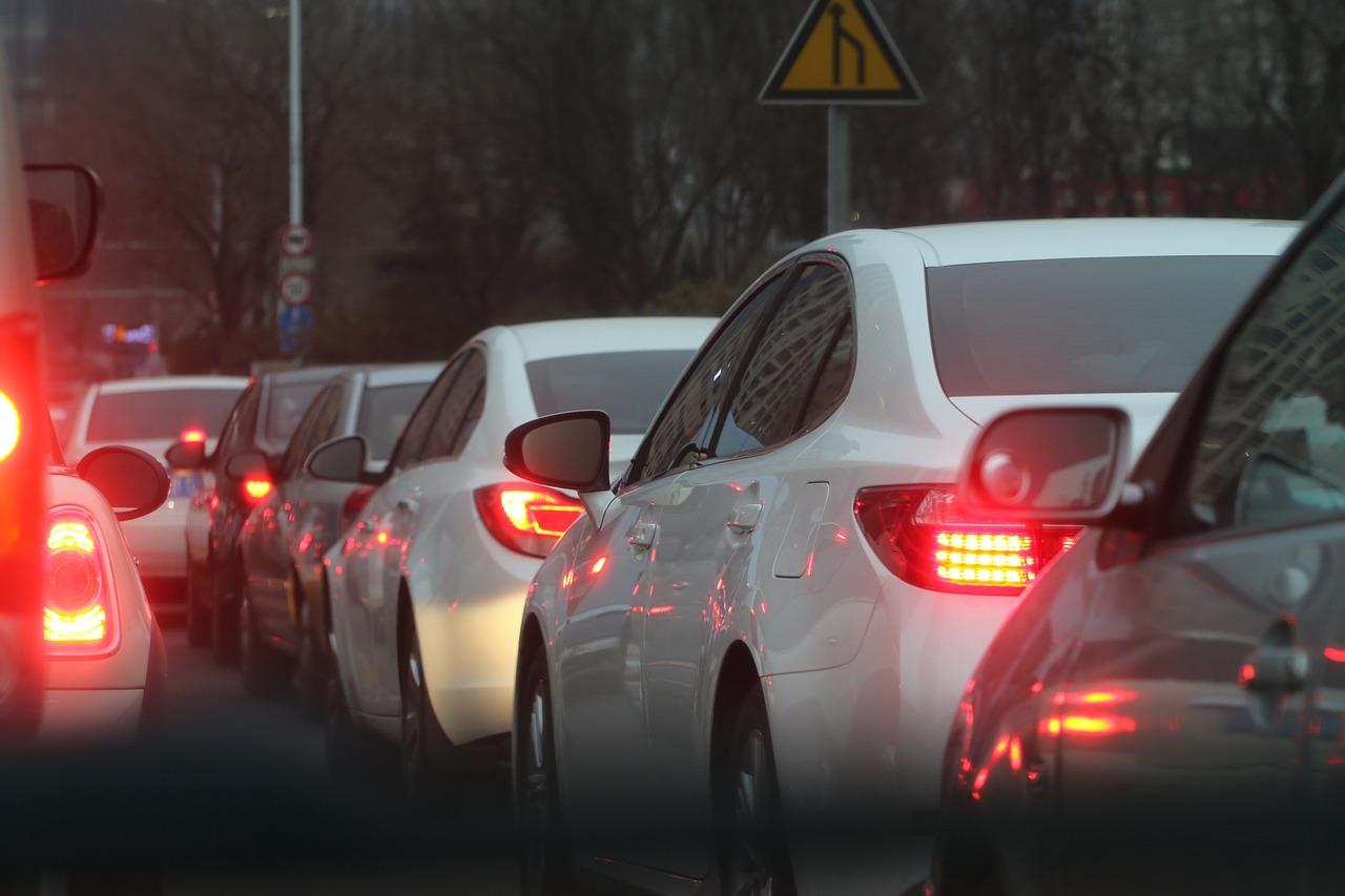 Na kierowców czekają spore zmiany. Wejdzie kilka nowych przepisów - Zdjęcie główne