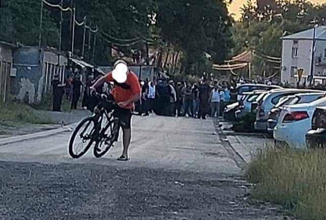 Zamieszki w Mielcu! Na ulicy ponad 100 osób [AKTUALIZACJA-ZDJĘCIA] - Zdjęcie główne