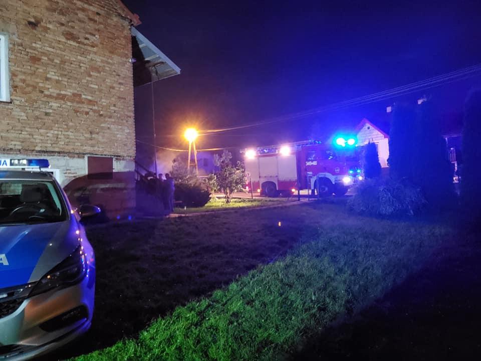 TRAGEDIA podczas akcji gaśniczej! Jedna osoba zginęła w pożarze domu! - Zdjęcie główne