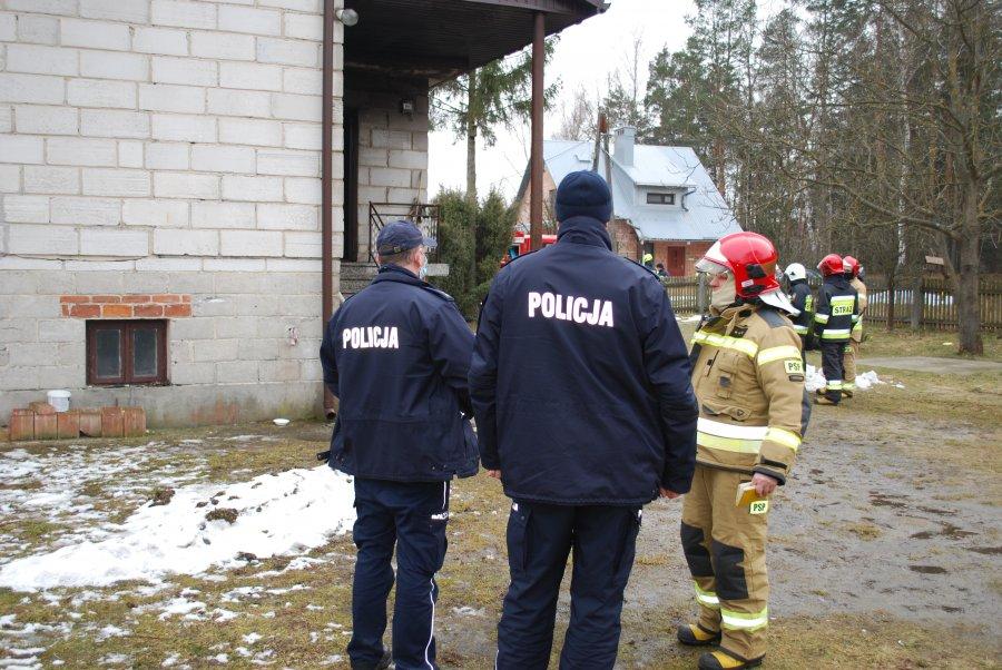 Śmierć w trakcie pożaru domu! [MAPA, ZDJĘCIA] - Zdjęcie główne