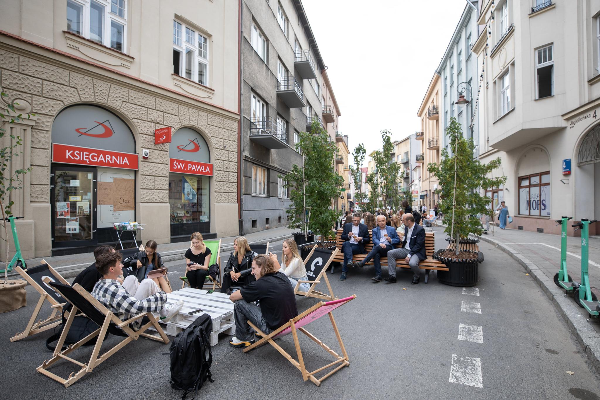 Deptak na Jagiellońskiej i nie tylko. Europejski Tydzień Zrównoważonego Transportu w Rzeszowie [ZDJĘCIA] - Zdjęcie główne