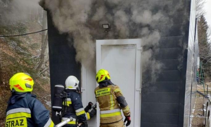 Pożar kontenera w środku miasta. Czy doszło do podpalenia?  - Zdjęcie główne