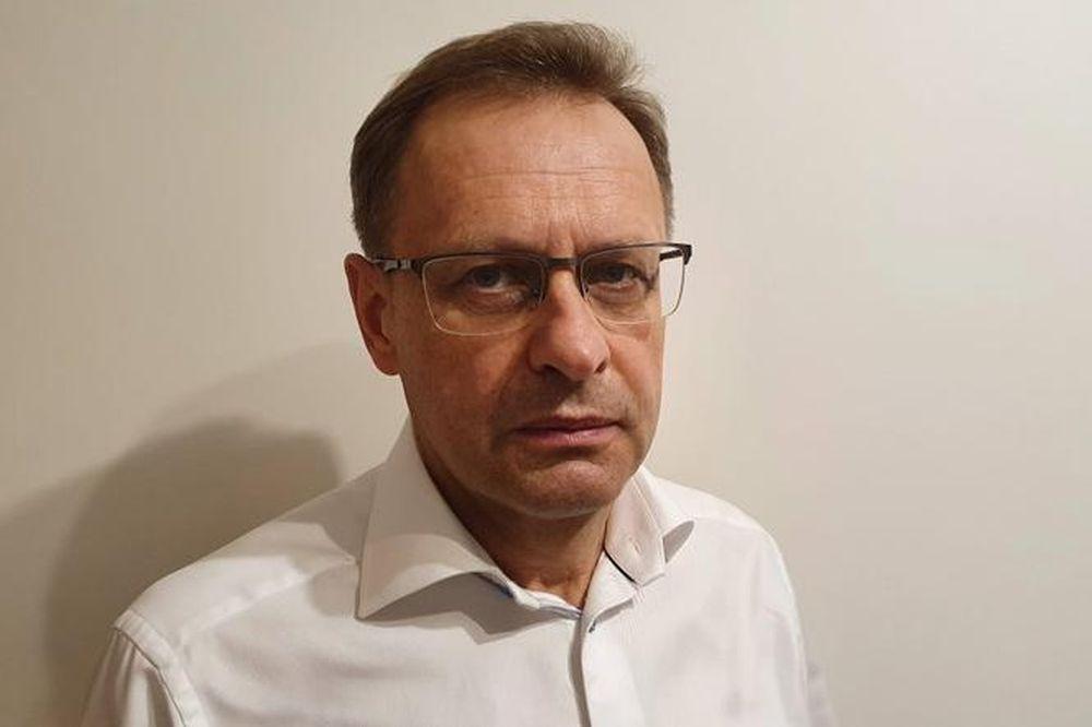 Dr Włodzimierz Bodnar bezpłatnie szkoli lekarzy. W programie leczenie amantadyną [WIDEO] - Zdjęcie główne