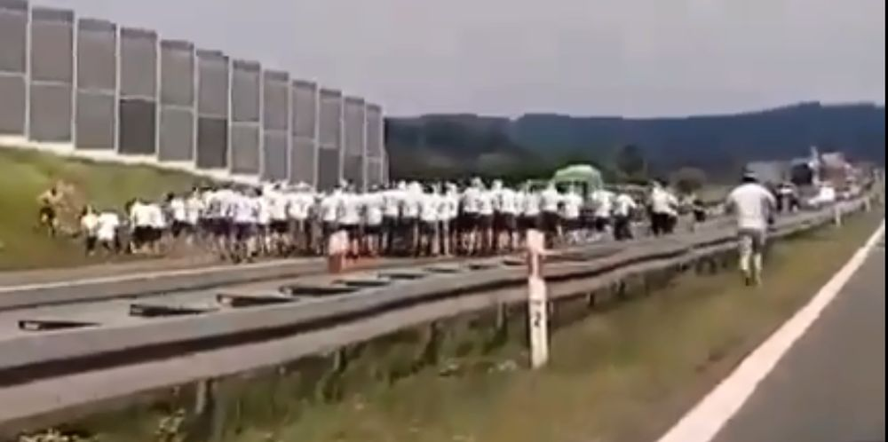"""Bitwa kiboli na autostradzie! W """"akcji"""" fanatycy z Podkarpacia! [NOWE VIDEO, AKTUALIZACJA] - Zdjęcie główne"""