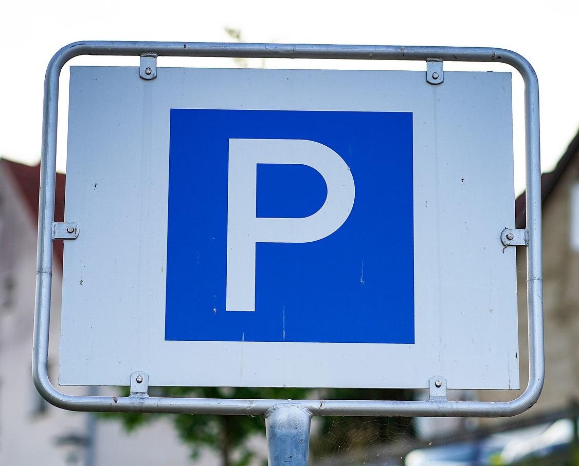 Przy ul. Dołowej w Rzeszowie powstanie parking. Miasto wybrało wykonawcę projektu [MAPA] - Zdjęcie główne